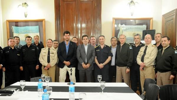 Cristian-Ritondo-Eugenio-Burzaco-federales_CLAIMA20161015_0139_28