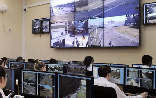 Centro de monitoreo de seguridad de la provincia. REDACCION LC (Rosario - Argentina - Tags: Policiales)