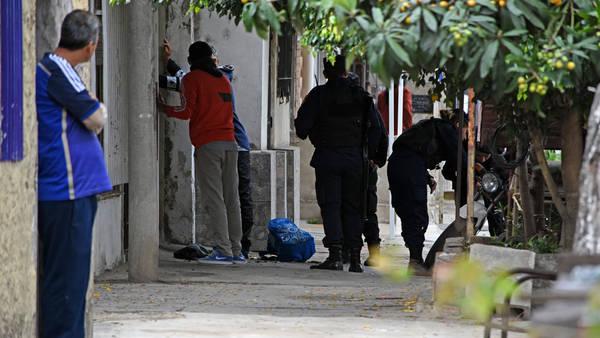 Agentes-Gendarmeria-Nacional-Rosario-Garcia_CLAIMA20161008_0229_28